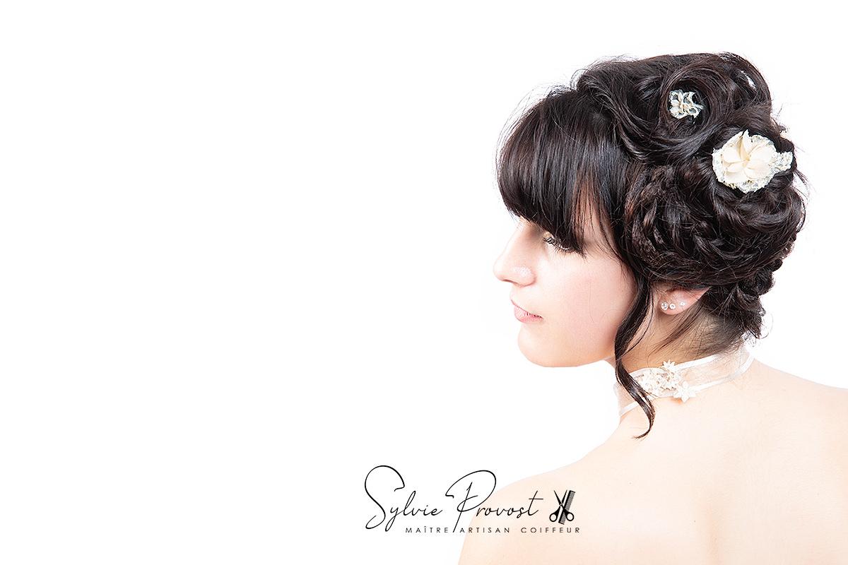 Coiffure de mariage cheveux courts